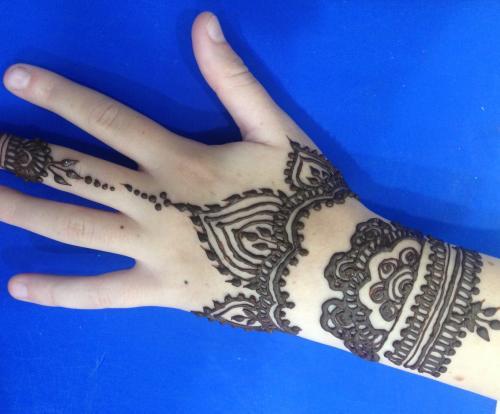 henna pri1