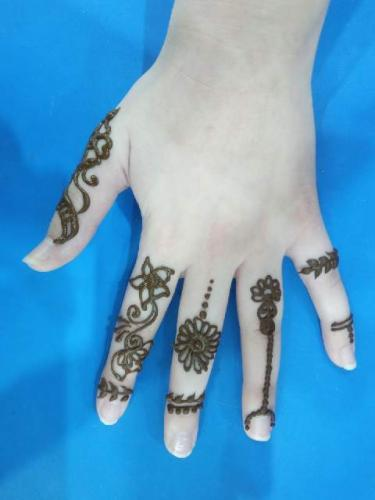 henna pri3